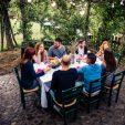 Come realizzare una fantastica cena in giardino